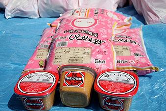 日本人の食事には欠かせないお米と味噌
